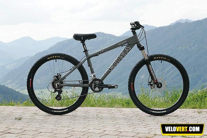 9569db44725 Mountain biking purchasing guide : Kona Shred